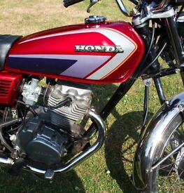 HONDA CG125 Red Classic Retro Great Condition Motorcycle