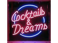 Neon Bar Sign 'COCKTAILS & DREAMS' movie collectable decor