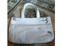 Pringle of Scotland ladies cream canvas and leather designer handbag purse
