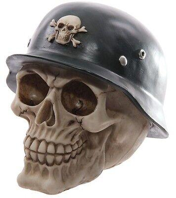 Gruseliger Totenkopf Skull mit Helm Horror Deko Halloween Fantasy Dark Gothic