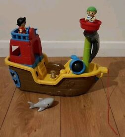 Mega Bloks, Pull Along Musical Pirate Ship toy, with sounds