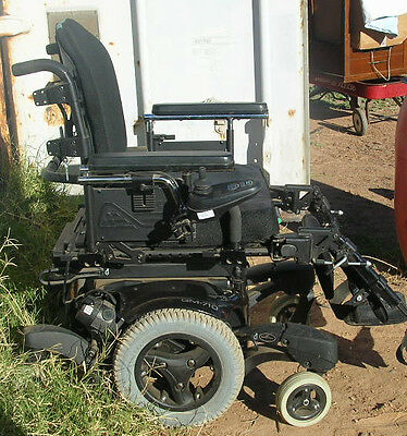 OBO CAR TRADE WHEELCHAIR qm710 QUICKE HEAVY DUTY POWER PIC UP ONLY  used 1 month