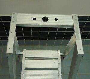 Echelle Escabeau  à plate-forme  platform  ladder stepladder West Island Greater Montréal image 3
