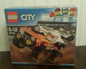 Lego City Set 60146 Stunt Truck.