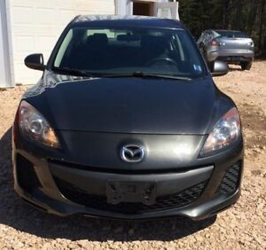 2012 Mazda Mazda3 GX NEW MVI FINANCING AVAILABLE