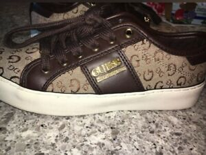 Guess shoes //SIZE 5\\
