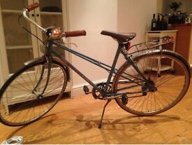 Steel frame mixte Peugeot bike, 5 gears