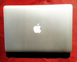 Apple Macbook Air ,256GB,SSD hard drive