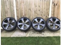18 inches Kahn RSC Alloy Wheels with new tires