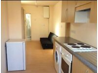 North Finchley Studio Flat for Rent, N12