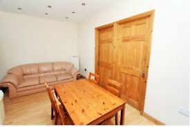 3 Large Double Bedroom Flat FULLY FURNISHED in PLAISTOW E13