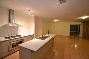 4x2, Theatre Rm, Spa in Master Bed Room,2 kitchen,opposite park Hammond Park Cockburn Area Preview