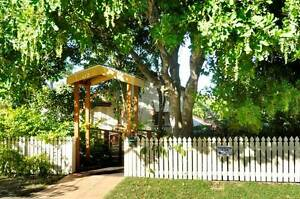 Home share - Coorparoo Cls to PA, Grnslopes Hosp, UQ & Pub Traspt Coorparoo Brisbane South East Preview