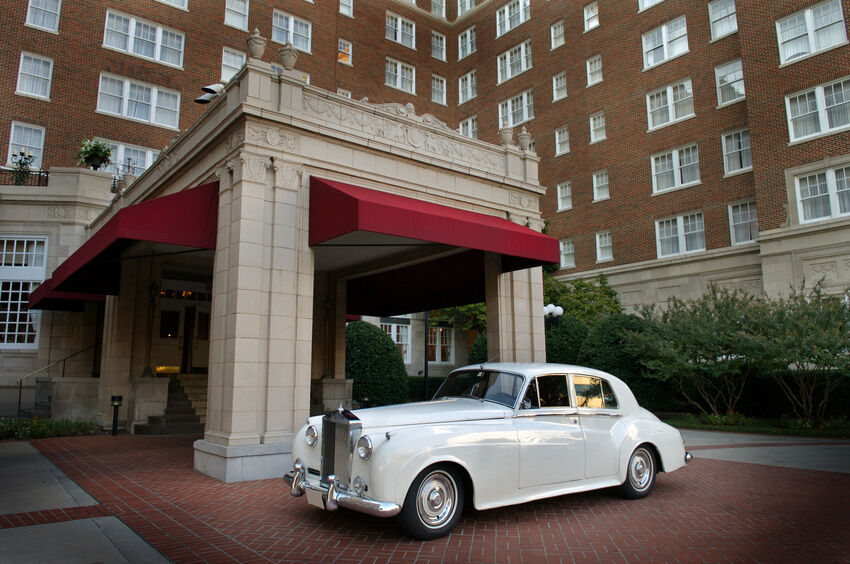 Top Considerations When Buying a Rolls Royce