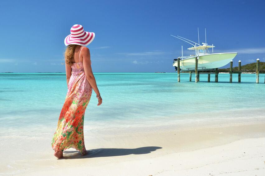 How to Buy Stylish Beach Dresses