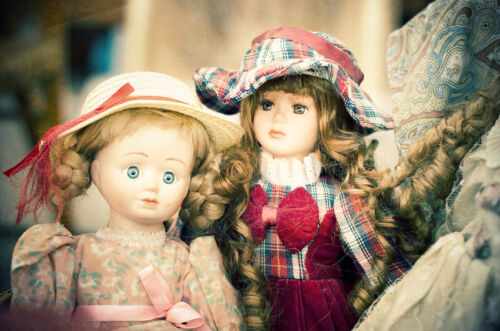 Vintage Doll Buying Guide