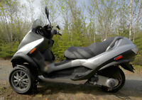 Piaggio MP3 250ie (2007 with only 5000km!!!!)