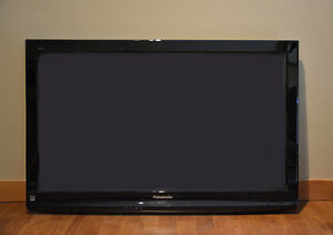 LCD HD TV 40 Inches - Panasonic Viera w. Complete Wall Mount