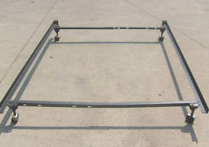 Metal Bed Frame / Fits Single / Double / Queen / Good Condition