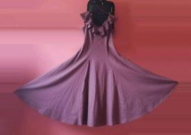 LAURA ASHLEY DITSY DAISY PATTERN DRESS PRICE NEGOTIABLE