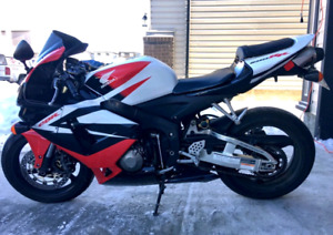 2006 cbr600rr with exhaust and power commander