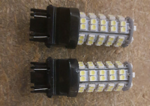 3157 LED Light Bulbs - White -  NEW