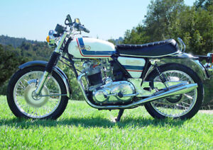 Looking for a 1975 Mark 3 Norton Electric Start Motorcycle