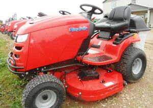 NEW SIMPLICITY REGENT MOWER WITH TWIN BAGGER