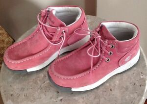 Girl's Leather Shoes by Timberland, size 2
