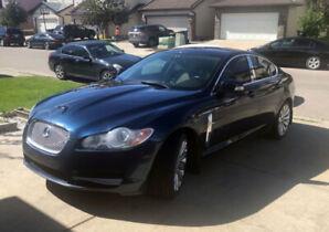 2009 Jaguar XF Premium Luxury Sedan