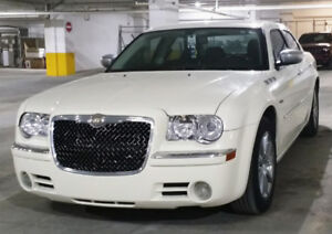 2009 Chrysler 300 Limited Edition (Great condition)
