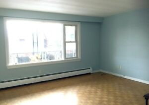 Main floor for lease in Casa Loma area