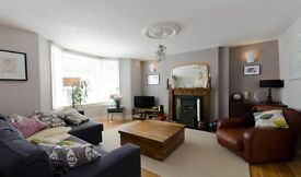 Three bedroom split level flat on Barry Road, East Dulwich SE22