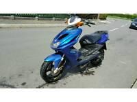 Yamaha aerox 2009 70cc registered as 50cc (Full MOT, Very fast) not piaggio ybr yzf Peugeot 125cc