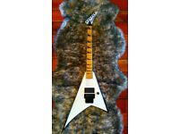 Jackson RR24M Snow White Japanese Electric Guitar EMG pickups