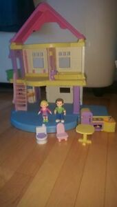 Fisher Price my First Dollhouse Doll House