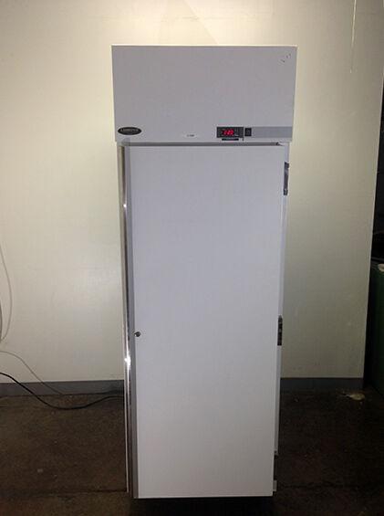 LABREPCO INC Futura Platinum Series 24 Cu. Ft. Manual Defrost Freezer