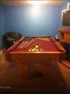 Pool table 3.5 x 7 ft. For Sale. Brunswick contender.