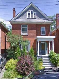 For Rent 1-5 Bedrm Apts & Houses close Queen's May 1