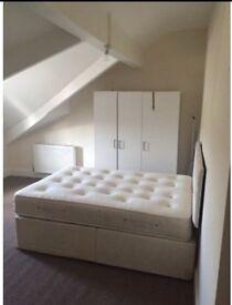 3 bedroom flat in Birkby