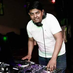 DJ Sam-Bollywood/Punjabi/Top40/Bengali/Gujrati/Indian/Pakistani Windsor Region Ontario image 2