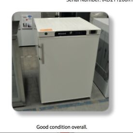 COMMERCIAL H200WH UNDER COUNTER WHITE FRIDGE USED