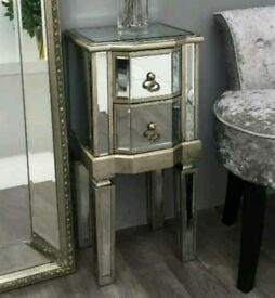 Vintage Style Mirrored Bedside Table 2 Drawer