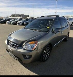 2010 Kia rondo for sale 115000 km  fully loded