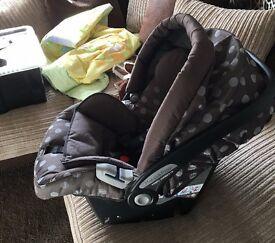 Mamas and papas Primo Viaggio IP Car Seat