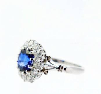 BRAND NEW: Ceylon sapphire & diamond engagement ring in platinum
