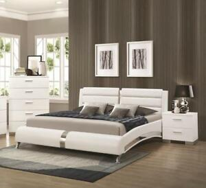 BRAND NEW! MODERN GLOSSY WHITE QUEEN SIZE PLATFORM BED
