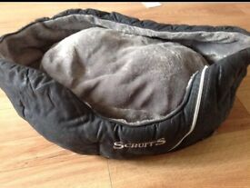 Scruffs dog bed used good condition. Oval black grey dog
