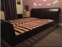 King size bed - great condition!!