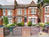 2 bedroom flat in Windsor Road, Finchley, N3